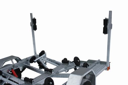 Прицеп ЛАВ-81016А (ролики)